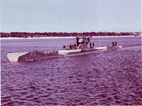 U 253 painted with dazzle camouflage